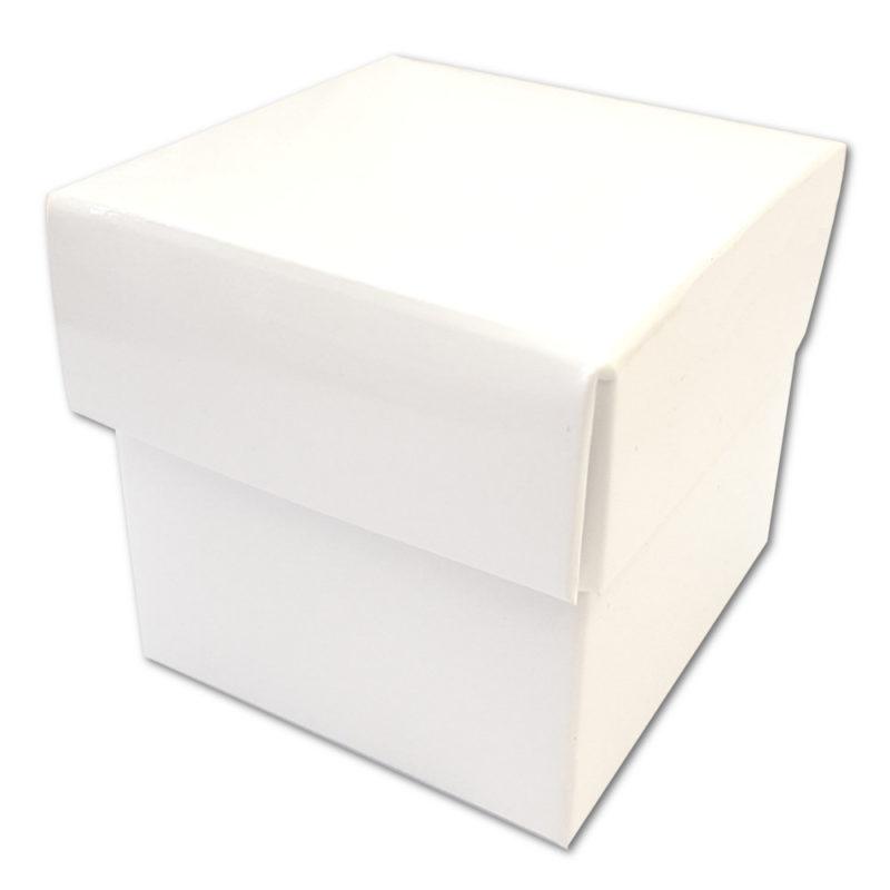 Cube blanc vernis